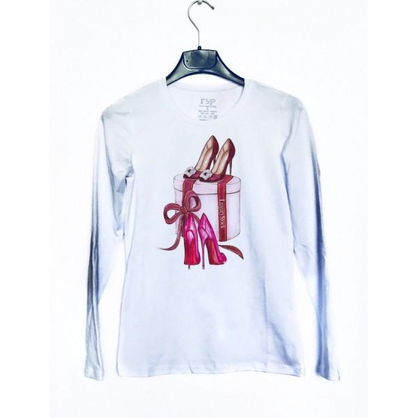 Дамска блуза с щампа - Подарък от категория Дамски блузи
